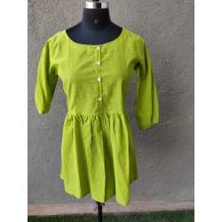 Green Mangalgiri short top